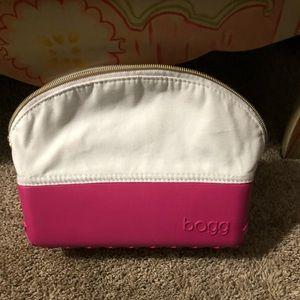 Handbags - Bogg makeup Bag